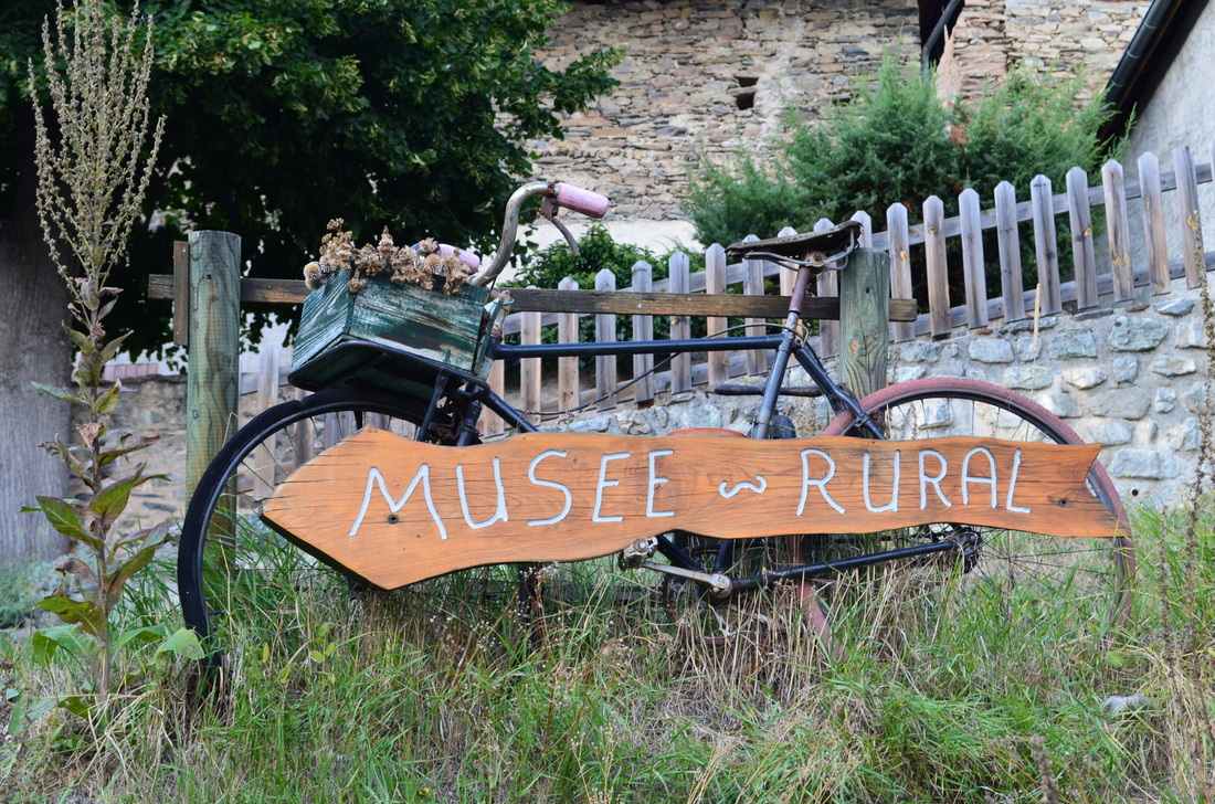 Charming museum sign in an area that attracts mountain bikers