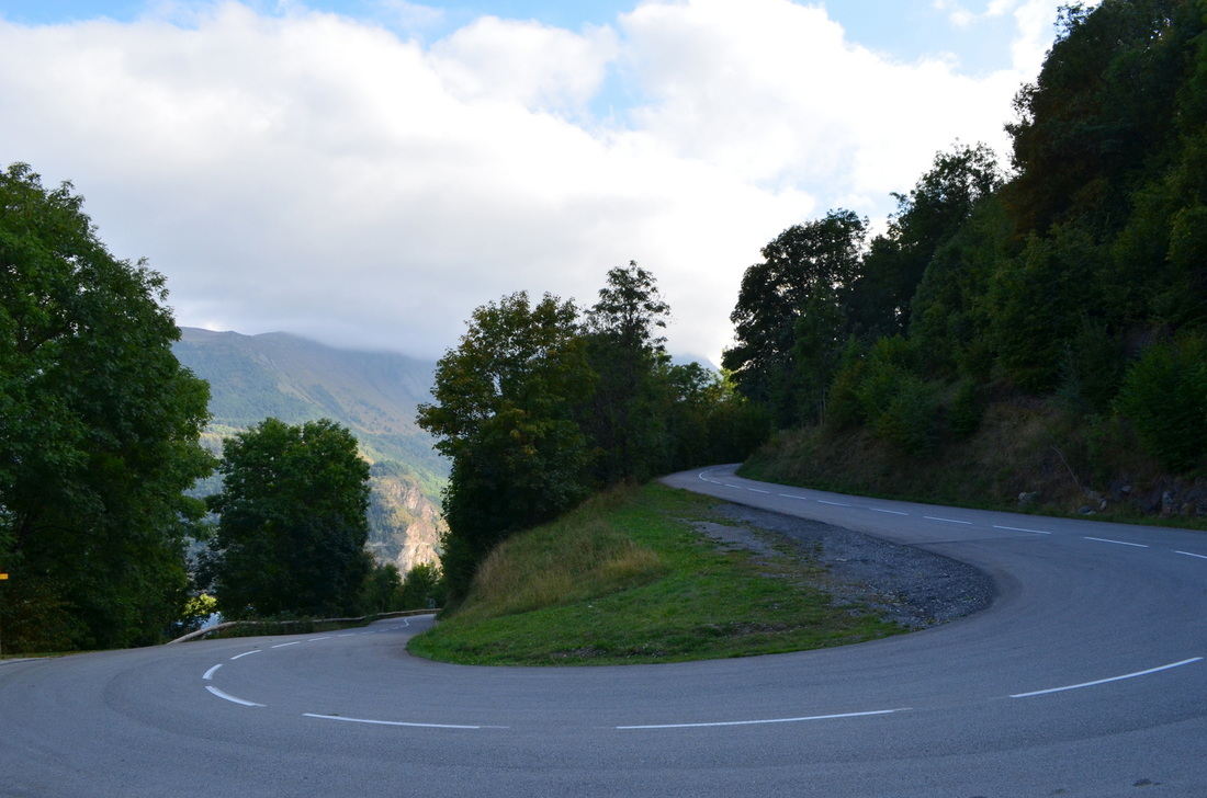 A typical mountain road turn